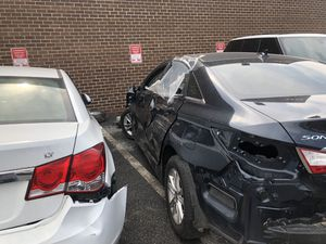 PARTING OUT 2014 HYUNDAI SONATA AND 2013 CHEVY CRUZ for Sale in Silver Spring, MD