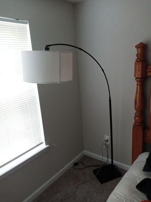 Floor lamp for Sale in Lilburn, GA