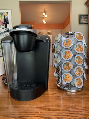 Keurig K-Classic Coffee Maker K-Cup Pod, Single Serve, Programmable Black for Sale in O'Fallon, MO