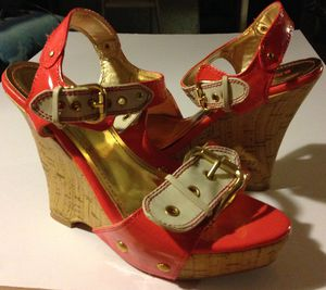 """BAMBOO """"Shimmer"""" Coral/Offwhite Buckle Strap Chunky Cork Casual Wedge High Heels Strappy Sandals Sz 7.5M for Sale in Paris, KY"""