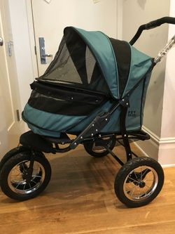Pet Gear NO-ZIP Double Pet Stroller, for Single or Multiple Dogs/Cats for Sale in New York,  NY