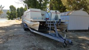 1983 Kayot Pontoon Boat 24 ft w/ trailer. Mercury 4 stroke 40 hp motor, runs great. Pontoon boat is located at Lake Hemet Campground for Sale in Mountain Center, CA
