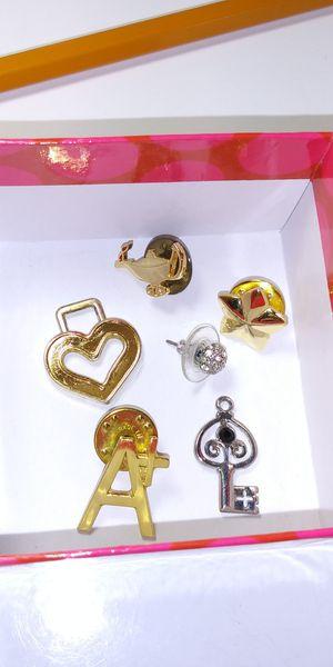 Pins for Sale in Miami, FL