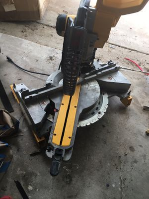 Dewalt Double Bevel Chop Saw for Sale in Austin, TX