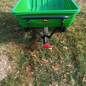 JOHN DEERE 8Y POLY LAWN CART for Sale in East Berlin, PA