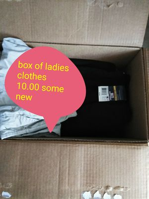 💋 box of ladies clothes, some are new for Sale in Fort Lauderdale, FL