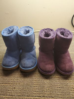 Uggs Toddler Girls Boots Size 8 for Sale in W CNSHOHOCKEN, PA