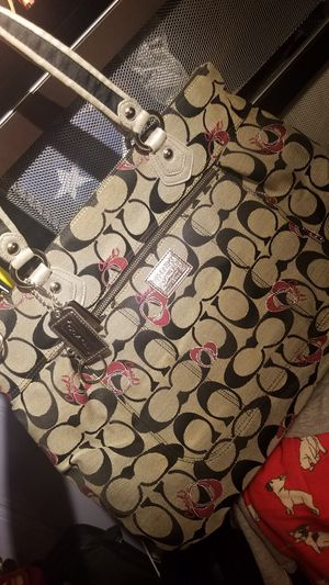 Large Coach Poppy bag for Sale in Bloomfield, NJ