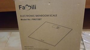 Family electronic bathroom scale for Sale in Egg Harbor Township, NJ