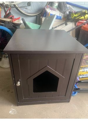 Dog house for Sale in Brandon, FL