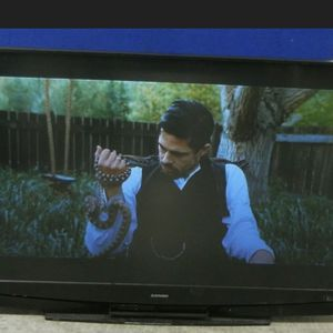73 Inch Mitsubishi HD Television (with Remote included) for Sale in Philadelphia, PA