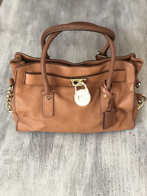 Michael Kors purse and wallet for Sale in Des Plaines, IL