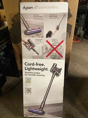Dyson V7 Animal Extra Light Weight Vacuum for Sale in Houston, TX