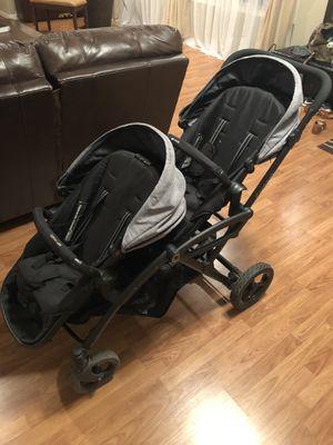 Double Stroller (Like New) for Sale in Auburn, WA