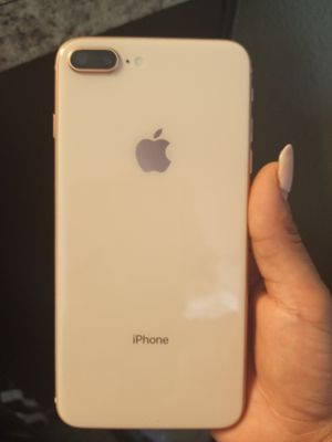 Iphone 7 plus no problems at all for Sale in Houston, TX