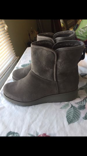 UGG Women's Boots for Sale in Columbus, OH