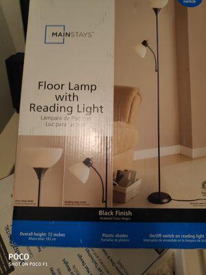 Floor lamp for Sale in Weldon Spring, MO