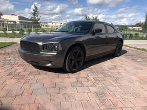 Dodge Charger 3.5 L SXT 2010 for Sale in Miami, FL