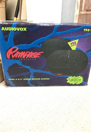 Auto stereo speaker system set of 2 for Sale in Kings Park, NY