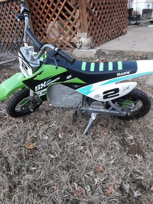 Dirt bike (electric) for Sale in St. Louis, MO