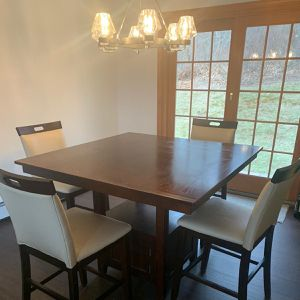 Dining table and chair for Sale in South Windsor, CT