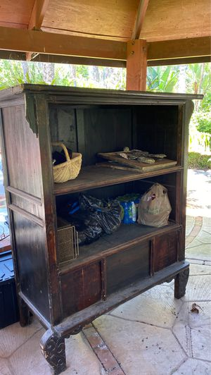 Antique Asian cabinet for Sale in San Diego, CA
