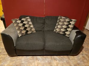 Free Couch & Love Seat for Sale in Tampa, FL