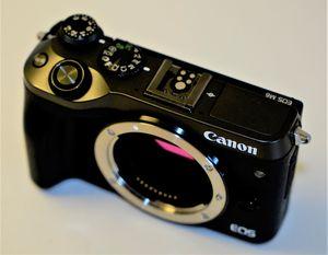 Canon M6 24.2MP Digital Camera Body for Sale in Miami, FL