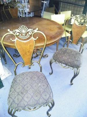 "5 pc set. Table is 54"" for Sale in Douglasville, GA"