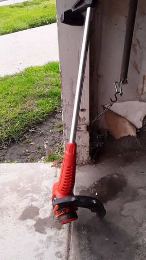 Electric weed eater for Sale in Fresno, CA