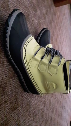 Sorel Boots Sz. 7.5 Out N About Rain Duck Yellow Lace Up NWT for Sale in Vancouver, WA