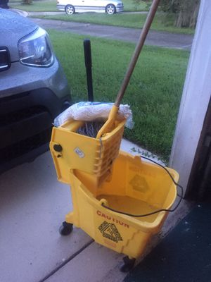 Commercial Yellow Mop Bucket with Mop for Sale in FL, US