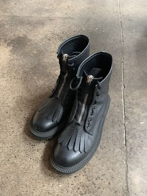 Men's Burberry Leather Boots (Authentic) for Sale in Portland, OR