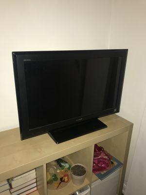 32 inch Bravia Sony tv perfect condition!! for Sale in Chicago, IL