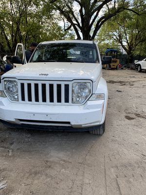 Parts only 2010 Jeep Liberty for Sale in Dallas, TX
