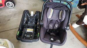 City Go Car Seat with Base for Sale in LAKE MATHEWS, CA