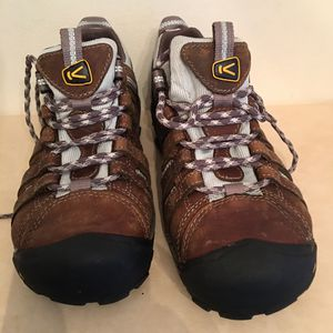 KEEN (size 6.5) steel toed boots for Sale in Germantown, MD