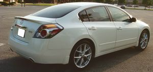 Cruise Control 2007 Nissan Altima!!! for Sale in Milwaukee, WI
