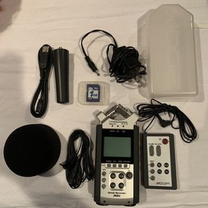 Zoom H4N Handy Recorder for Sale in Santa Monica, CA