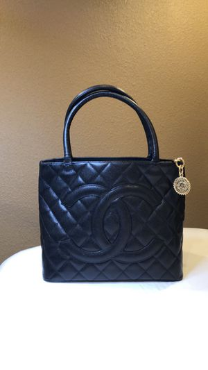 Authentic Chanel bag for Sale in Portland, OR