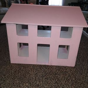 Doll House made of wood for Sale in Kissimmee, FL