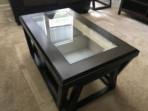 Coffee table with two foot rests/ stools