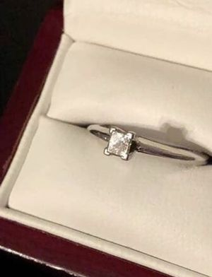 Blue Nile platinum diamond solitaire engagement wedding ring for Sale in Lawrenceville, GA