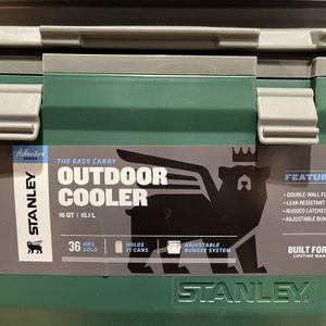 Stanley Outdoor Cooler for Sale in Bakersfield, CA