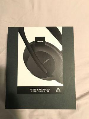 Brand new Bose headphones 700 for Sale in Saint Paul, MN