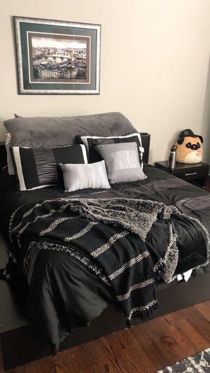 Queen ScanDesign low-profile bedroom set for Sale in Nolensville, TN