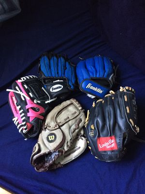 Baseball gloves (Louisville Slugger, Rawlings, Franklin, Wilson) for Sale in San Diego, CA
