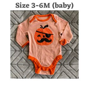 Halloween Onesie (Gently Loved) for Sale in O'Fallon, MO