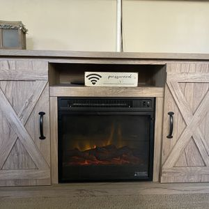 Fireplace/tv Stand for Sale in San Diego, CA