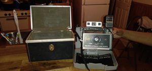 Vintage Polaroid 420 Camera w/ Case for Sale in Lavonia, GA